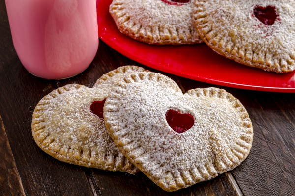 Рецепт                  Рецепты на День Валентина: Пирожки с клубникой