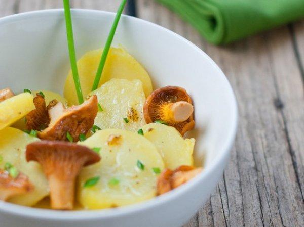 Рецепт                  Картофельный салат с лисичками