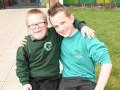 11-летний мальчик продал игрушки, чтобы помочь брату с синдромом Дауна