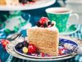Торты на Новый год: ТОП-5 рецептов медовика