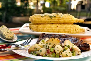 Картофельный салат - отличный гарнир к блюдам на гриле