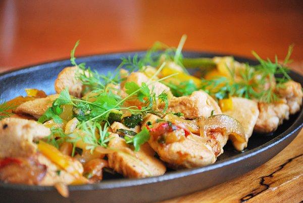 Рецепт                  Куриное филе с овощами