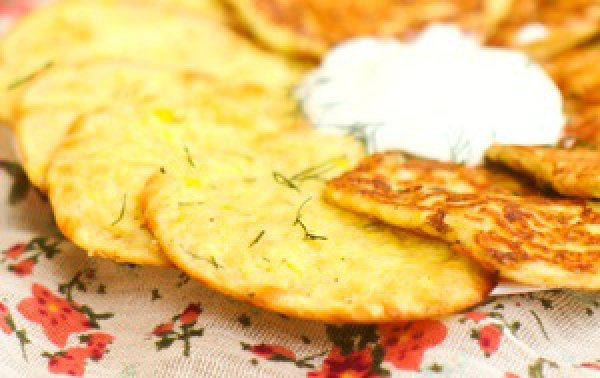 Рецепт                  Кабачково-сырные оладьи, запеченные в духовке