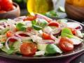 Весенний салат с редисом и фетой