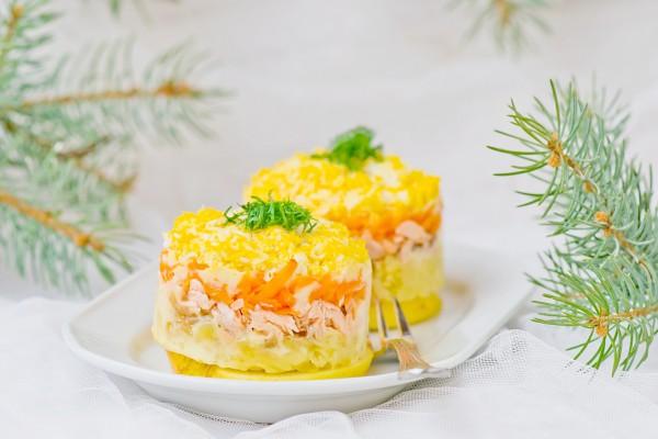 Рецепт                  Новогодние рецепты: Салат Мимоза с лососем