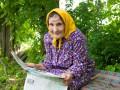 Три книги в неделю: для 93-летней украинки старость в радость