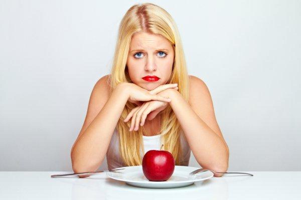 Не стоит морить себя голодом, чтобы быть здоровой, худеть лучше постепенно