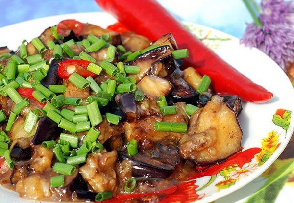 Рецепт                  Закуска из баклажанов в восточном стиле