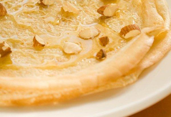 Рецепт                  Блины с орехами и медом