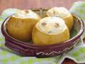 Яблоки, запеченные с творогом: три идеи для завтрака