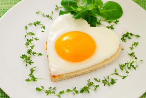 Рецепт                  Рецепты на День Валентина: Сердечная яичница