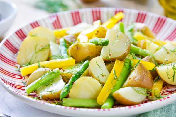 Рецепт                  Теплый салат из картофеля и спаржи