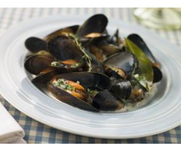 Рецепт                  Мидии с луковым соусом