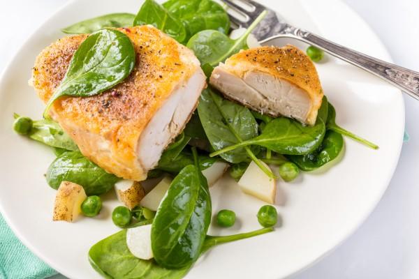 Рецепт                  Запеченная куриная грудка в духовке