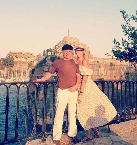 Оля Полякова отправилась в путешествие по Европе