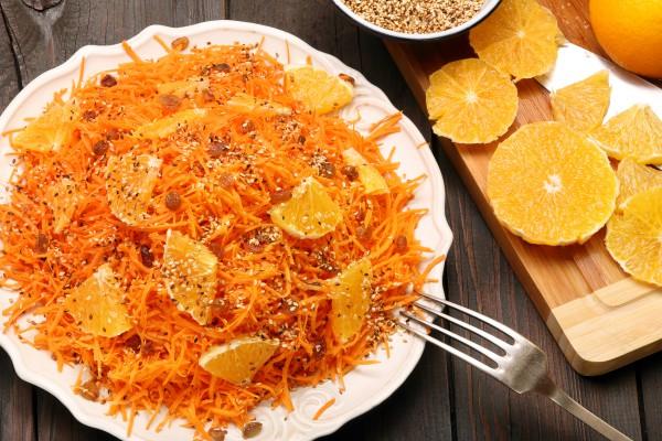 Рецепт                  Постный салат из моркови с апельсинами