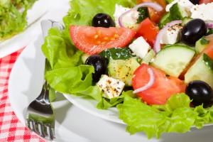 Греческий салати - хит лета