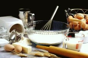 Чтобы бисквитный пирог удался, все ингредиенты должны быть комнатной температуры