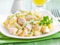 Новогодний салат из курицы с кукурузой