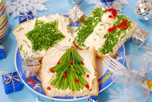 Рецепт                  Новогодние бутерброды cо сливочным сыром