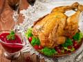 Запеченная курица с клюквенным соусом