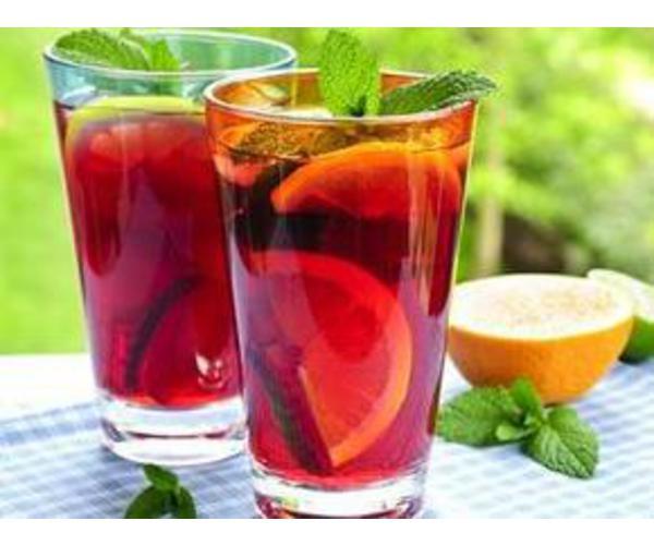 Рецепт                  Чайно-клубничный напиток