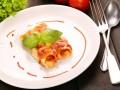 Каннеллони с начинкой из рыбы, грибов и помидоров