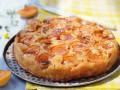 Карамельный пирог с абрикосами