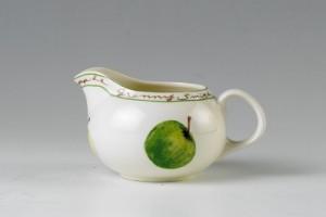 Для добавления в кофе или чай лучше всего использовать 10 % сливки