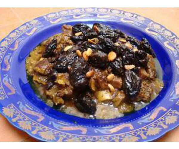 Рецепт                  Баранина с черносливом и миндалем
