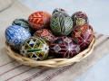 Разгадываем символы на пасхальных яйцах