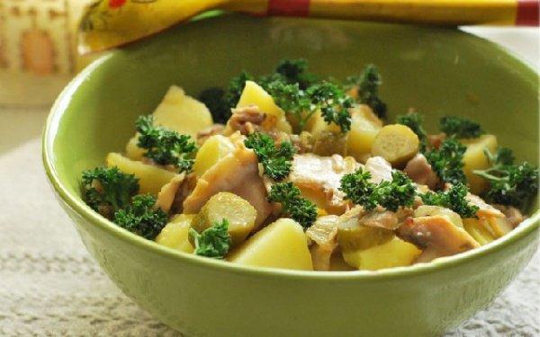 Рецепт                  Теплый картофельный салат с грибами