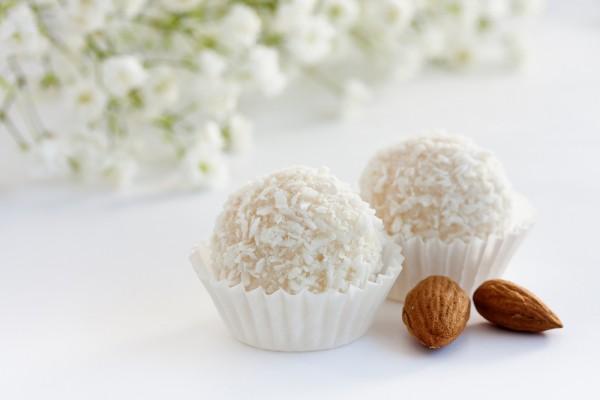Рецепт                  Домашние кокосовые конфеты
