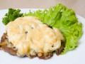 Горячие блюда на Новый год: Три рецепта мяса по-французски