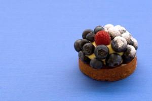 Из черники можно приготовить полезные и вкусные летние десерты