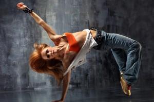 Занятия танцами хорошо тренируют мышцы и учат владеть своим телом