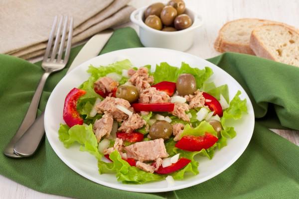 Рецепт                  Салат из тунца с болгарским перцем