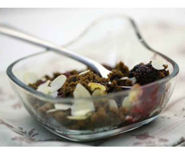 Рецепт                  Ежевика с карамельной крошкой