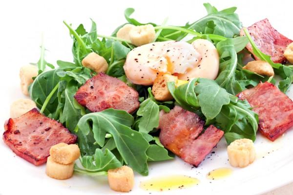 Рецепт                  Салат Лардон с яйцом-пашот