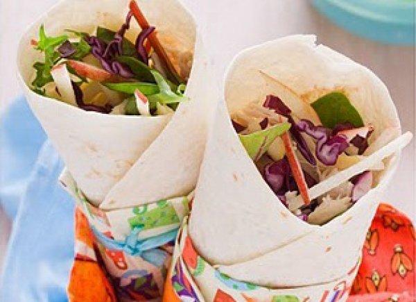 Рецепт                  Ролл-сэндвичи с курицей, красной капустой и яблоком