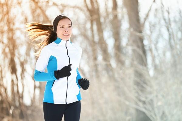 Тренироваться на улице можно и зимой, но нужно правильно одеваться