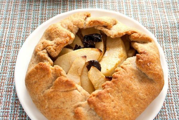 Рецепт                  Постная галета с яблоками и черносливом