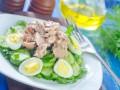 Новогодние рецепты 2015: Салат из печени трески