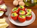 Фаршированные помидоры с яичной начинкой