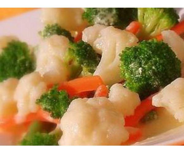 Рецепт                  Овощное ассорти под сливочным соусом