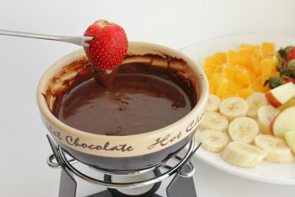 Рецепт                  Шоколадное фондю с фруктами