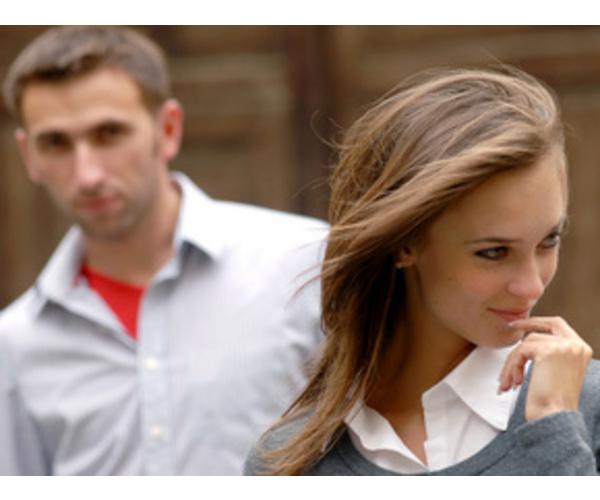 где девушка может познакомиться с мужчиной