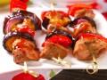 Шашлык из индейки с баклажанами и перцем
