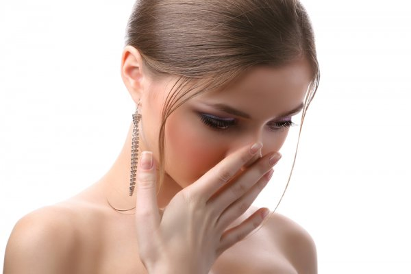 есть ли запах изо рта