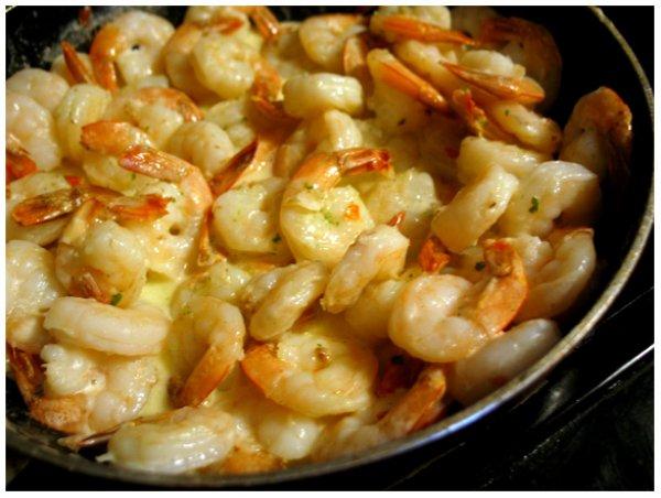 Рецепт                  Креветки в сливочно-чесночном соусе